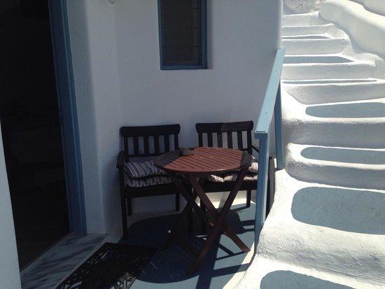 Aspa Villas: Our amazing patio... So huge!