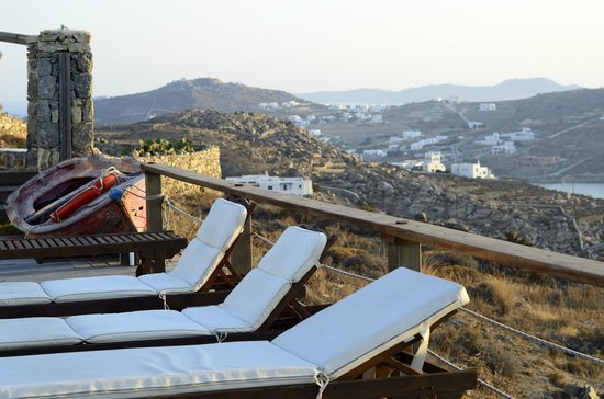 Tharroe of Mykonos Hotel: Beds