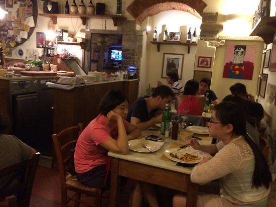 Osteria Vini e Vecchi Sapori at dinnertime.