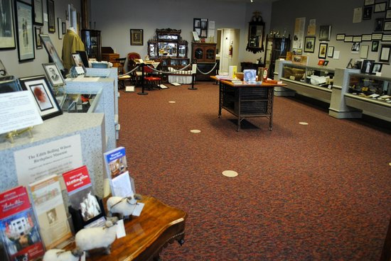Edith Bolling Wilson Birthplace Museum : Exhibits of the museum.