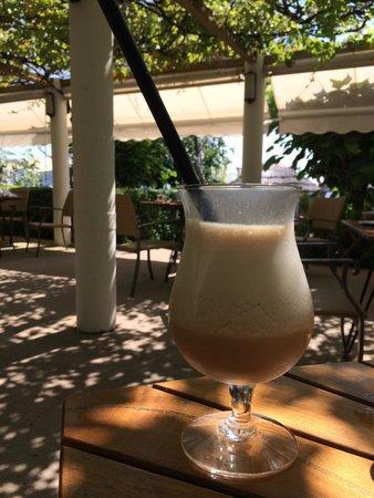 Cafe de la Plage: Le meilleur café frappé de France... Au Café de la plage, bien sur !