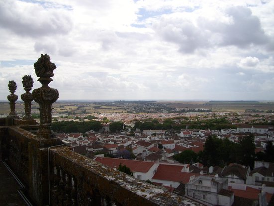 Sé Catedral de Évora : Sur le toit de la cathédrale, vue de la campagne environnante