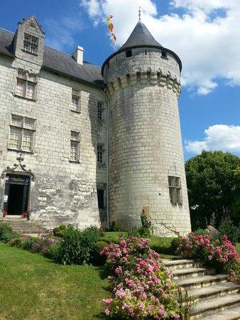 Chateau de la Motte : Front entrance