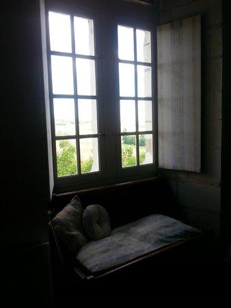 Chateau de la Motte : Large windows