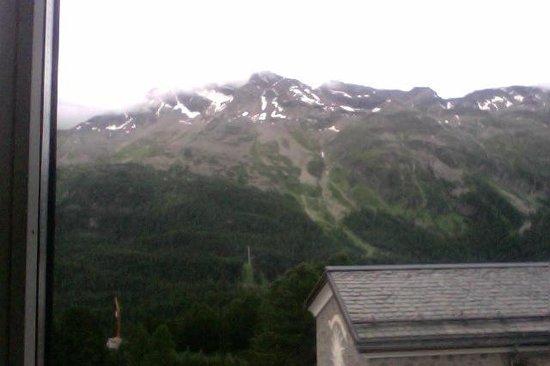 Berghotel Randolins: wonderful view!