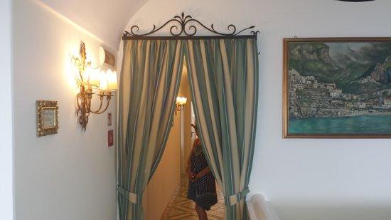 Hotel Buca di Bacco: Nice interior of Buca di Bacco