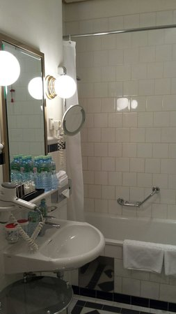 Hotel National, a Luxury Collection Hotel: Bathroom