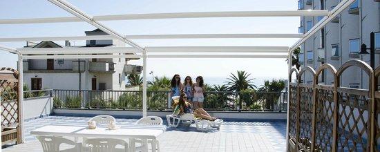 La vista dalla terrazza - Picture of Residence El Chico, Alba ...