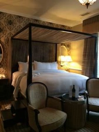 The Vendue Charleston's Art Hotel : My room at the Vendue