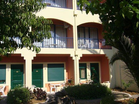 Mare Monte Beach Hotel : chambres