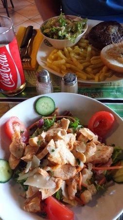 Les Brasseurs: Great chicken caesar salad and burger.