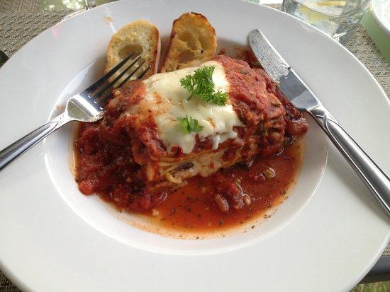 Valentino's Ristorante: Vegetarian Lasagna