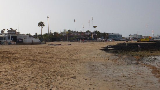 Suite Hotel Atlantis Fuerteventura Resort : Beach at Corralejo
