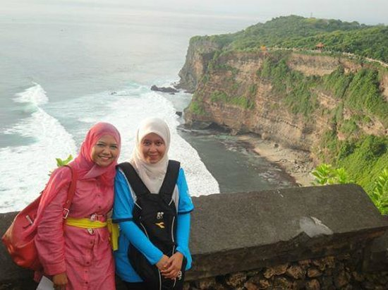 Bali Vacation Driver - Day Tours: Thks to Oky for taking this beautiful photo of us in Uluwatu.
