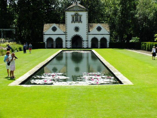 Bodnant Garden: The Canal terrace