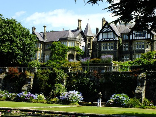 Bodnant Garden: House from the Lilly pond