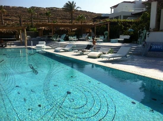 Agalia Luxury Suites: the pool area