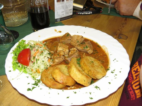 Brauhaus am Lohberg: Goulash with Dumplings