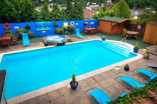 The Richwood: The Pool