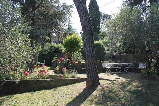 Fiorenza B&B: Im Garten