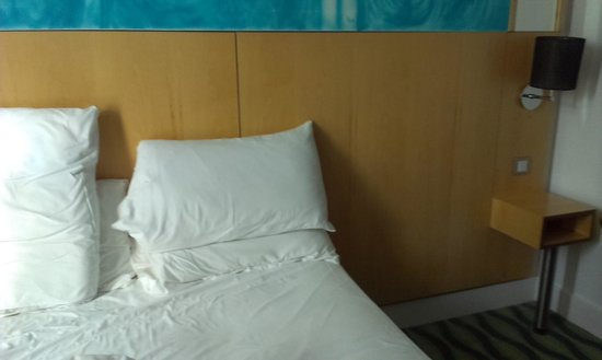 Holiday Inn Birmingham City Centre: too far to reach