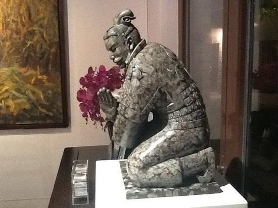 Duck De Chine : une tres belle exposition dans l entree du restaurant