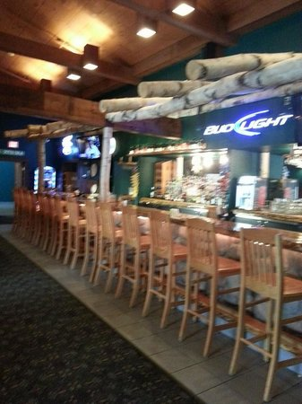The Waters of Minocqua : the bar area