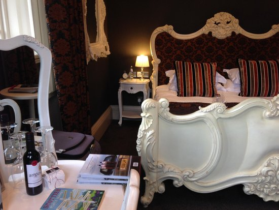 The Rutland Hotel: Castle view room no 11