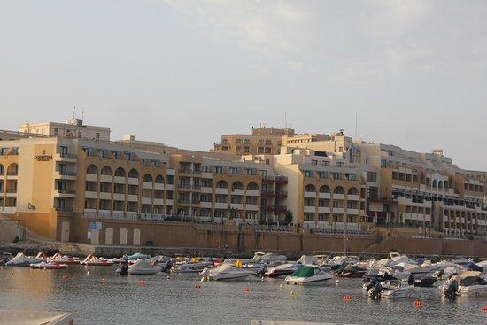 Marina Hotel Corinthia Beach Resort : Hotel