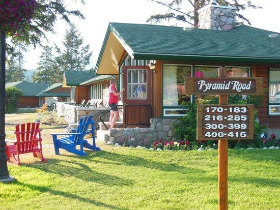 Fairmont Jasper Park Lodge: Cabin 400