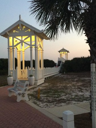 Carillon Beach Resort Inn: Beach Walkover ( 1 of 8 ) They are beautiful !