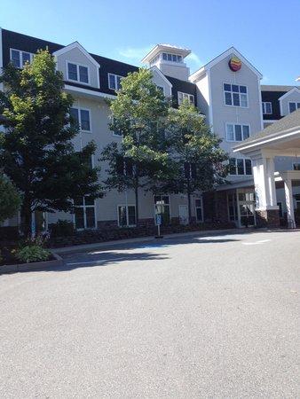 Comfort Inn & Suites Near Burke Mountain: front