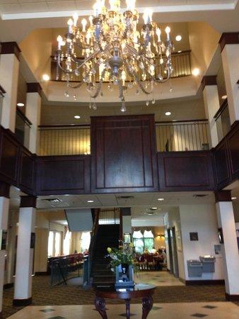 Comfort Inn & Suites Near Burke Mountain: enterence
