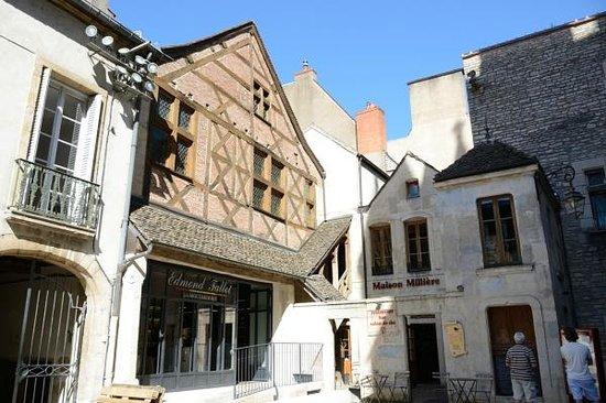 Extérieur - Bild von Maison Milliere (Restaurant), Dijon - TripAdvisor