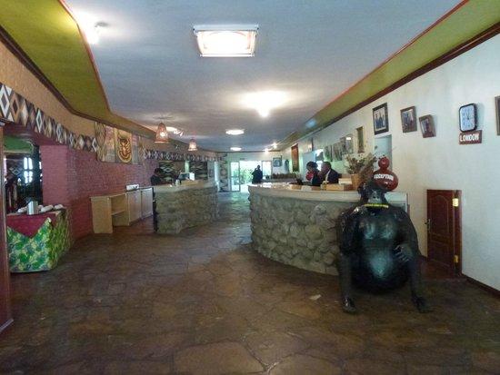 Mountain Gorilla View Lodge: Reception