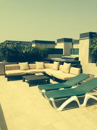 Gran Hotel Guadalpin Banus: Terrace tired but plenty of space very nice