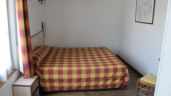Hotel Le Blason: room