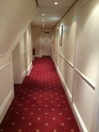 Best Western Bestwood Lodge Hotel: The Hall outside our room