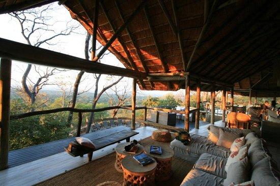 Ghoha Hills Savuti: Main lodge