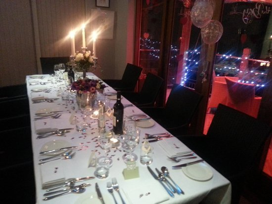 Hotel Penzance : Our beautiful Valentines Wedding Table!