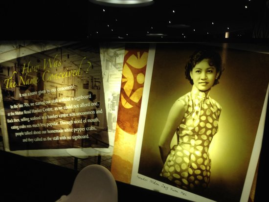 No Signboard Seafood Restaurant : The founder and the history