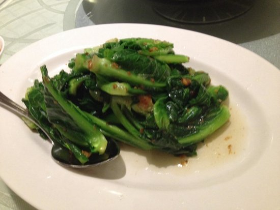 No Signboard Seafood Restaurant : Gailan with garlic