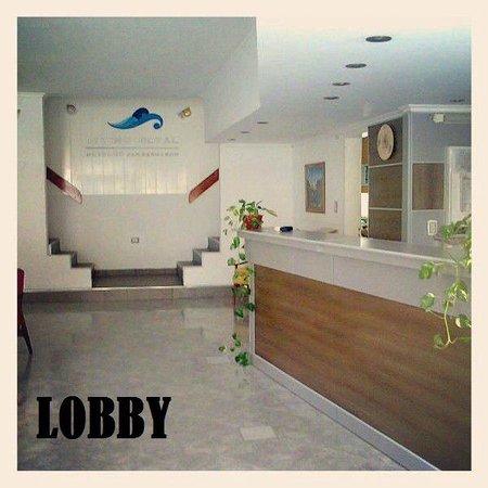 Divino Royal Hotel: Lobby