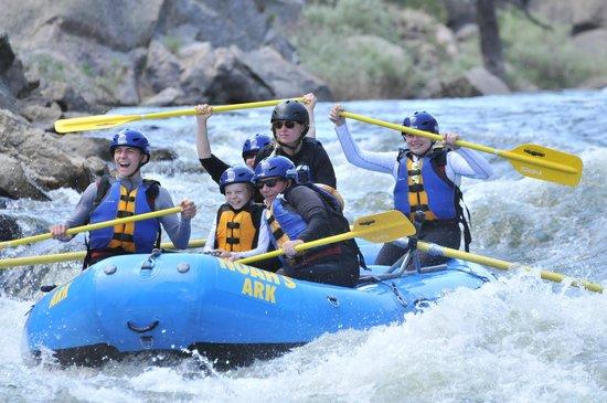 Noah's Ark Colorado Rafting & Aerial Adventure Park: zoom floom!
