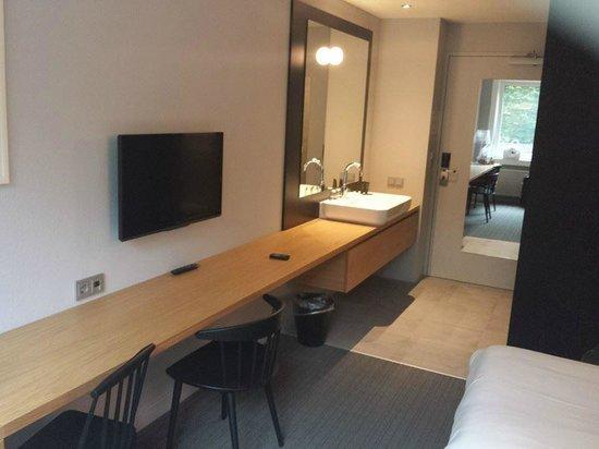 Buitenplaats Vaeshartelt: Zeer praktische en mooie kamer!