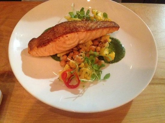 Avenue N: Pan Seared Salmon