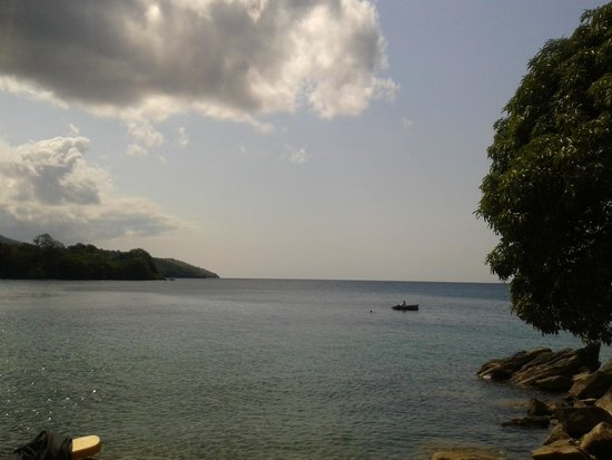 Mayoka Village: view from beach