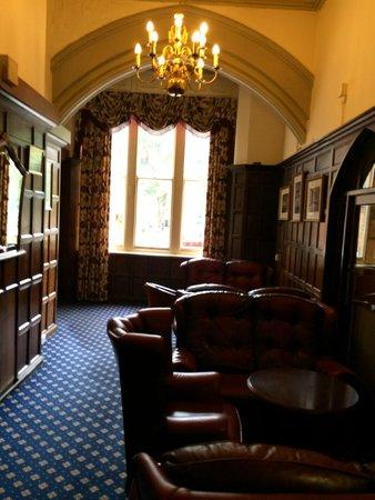 Best Western Bestwood Lodge Hotel: Lounge area near reception