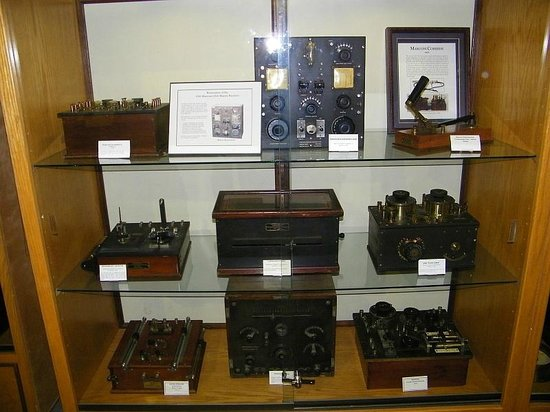 Spark Museum of Electrical Invention: Some very rare early wireless equipment