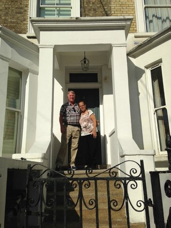 Barclay House London B&B: Barclay House, elegant, delightful, loved our stay!
